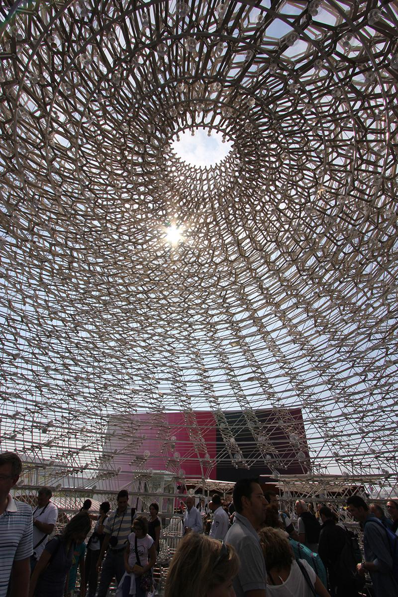 کندوی عسل در علفزارهای ناتینگهام، گزارش غرفه بریتانیا در اکسپوی ۲۰۱۵ میلان