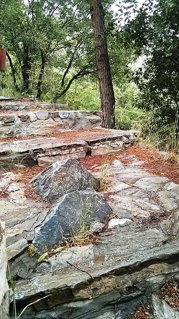 Zaribar Landscape Criticism 04