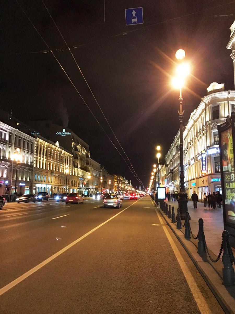 نقش منظر شبانه در فضاهای جمعی شهرهای سن پترزبورگ و مسکو
