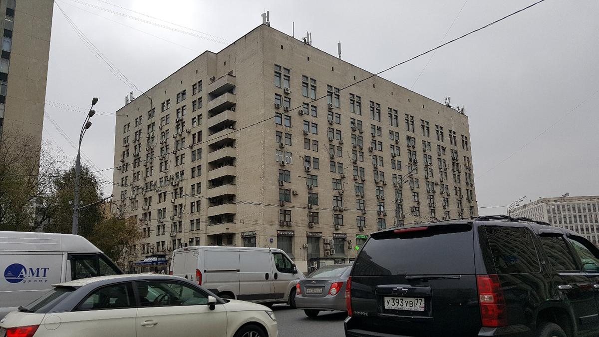 پنجره های عمودی در نماهای شهری روسیه