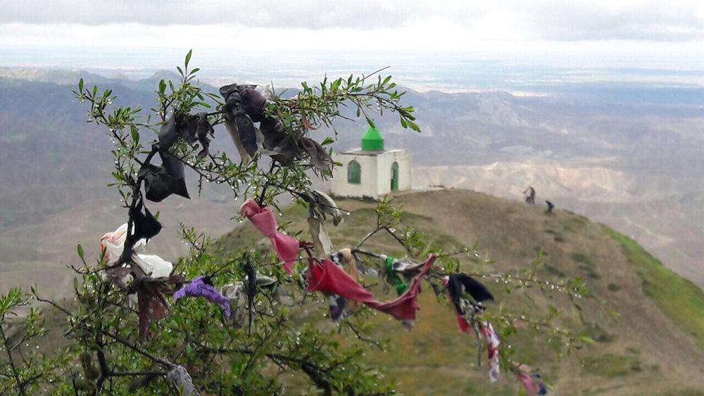 منظر آیینی بقعه خالد نبی
