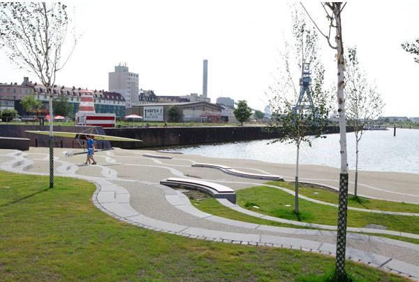 افنباچر هافن؛ از یک بندر صنعتی آلوده تا رودخانه ای محیط زیستی