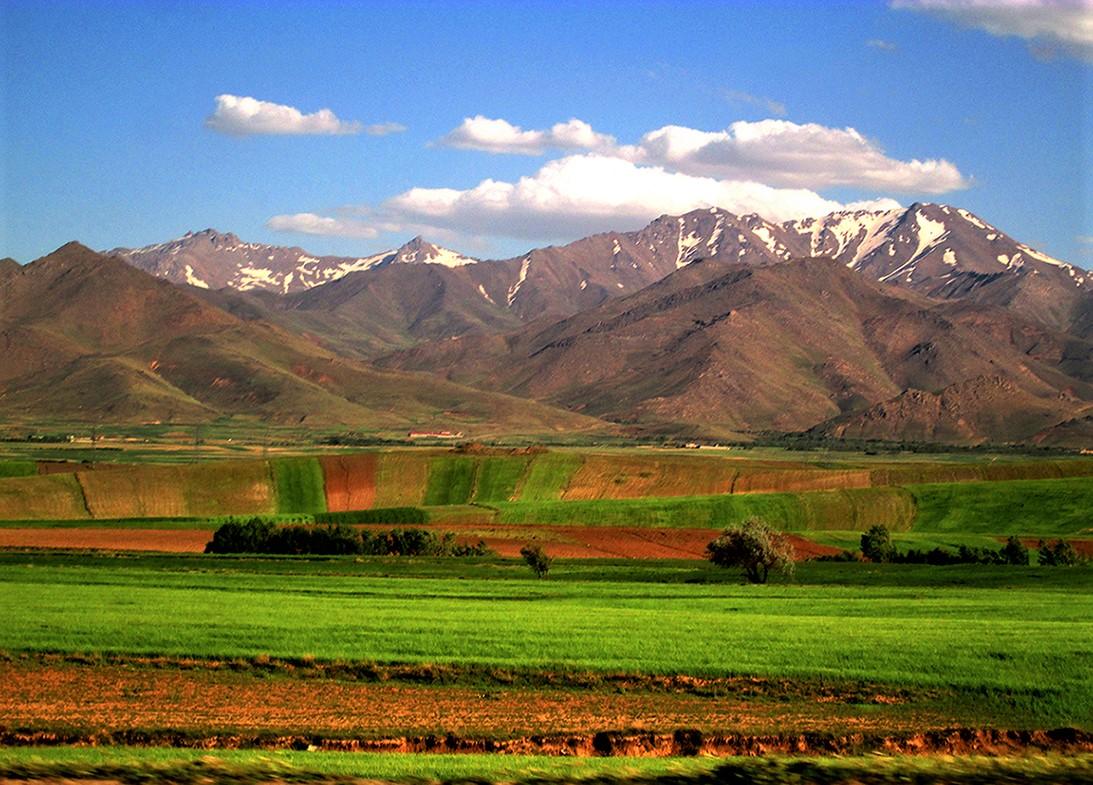 کوهستان، زبان مشترک دوران